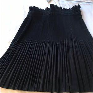 H&M beautiful skirt